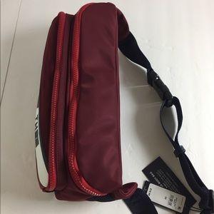 Tommy Hilfiger Bags - Tommy Hilfiger Crossbody 3 in 1 Bag MSRP $79.99